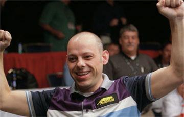 Даррен Эплтон, победитель U.S. Open 9-Ball Champioship 2010, фото — InsidePoolMag.com
